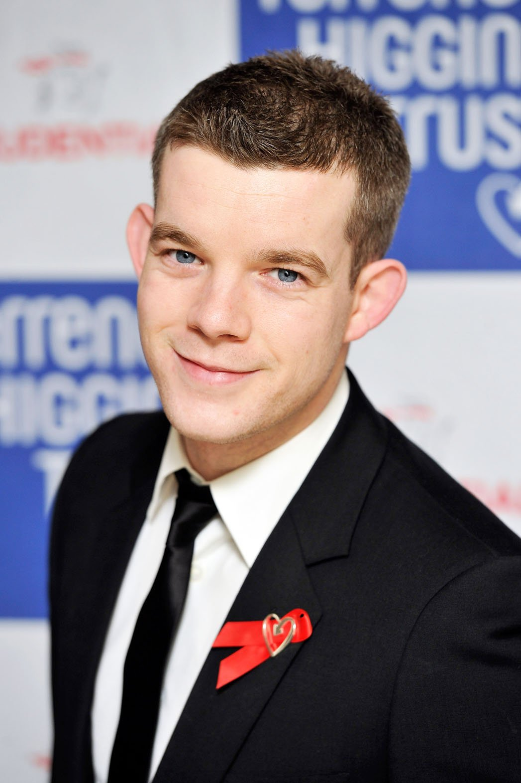 tovey gay personals As one of the stars of hbo gay drama looking, tovey has spoken about his  unique position as an actor who can convincingly play both gay.