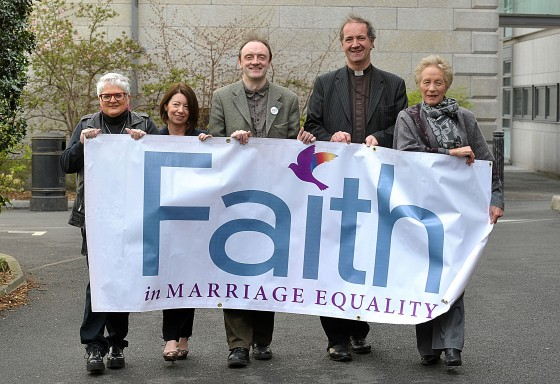 FAITH IN MARRIAGE EQUALITY 1_0032 group photo 3 men, 2 women, holding banner