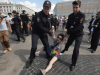 Russia: Police detain around 25 gay rights activists in St Petersburg