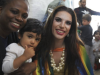 UK: With books and jewels, drag queens teach children tolerance
