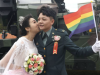 Taiwan: Same-sex couples in mass military wedding for firsttime